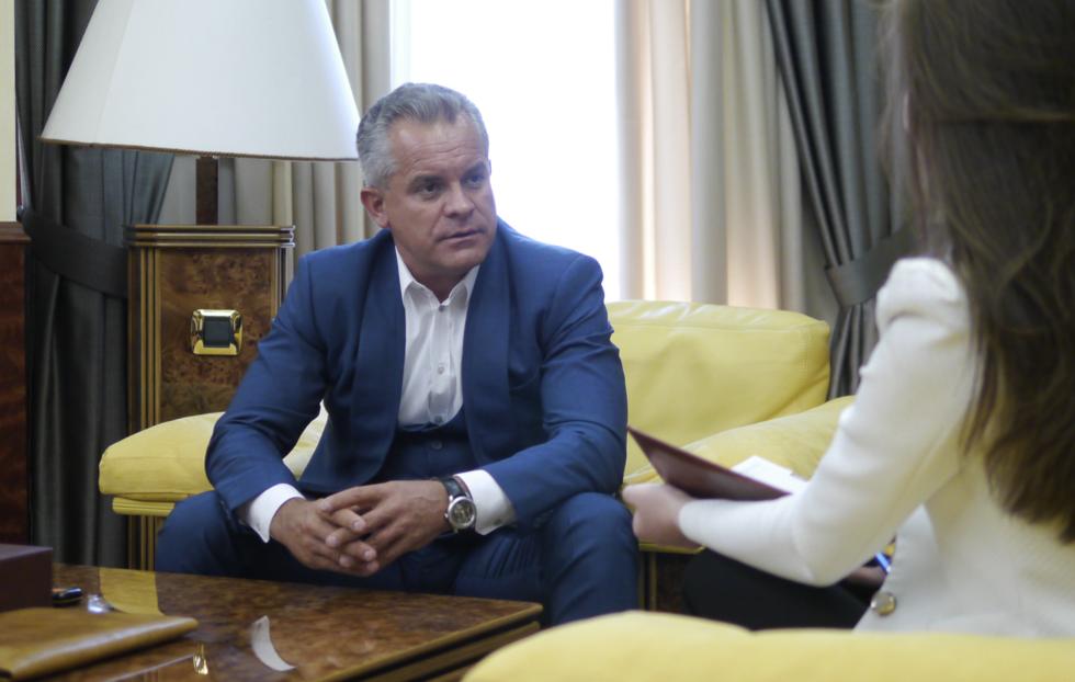 """В Кишинёве пришли к власти олигархи — бывшие дельцы из """"лихих 90-х"""""""