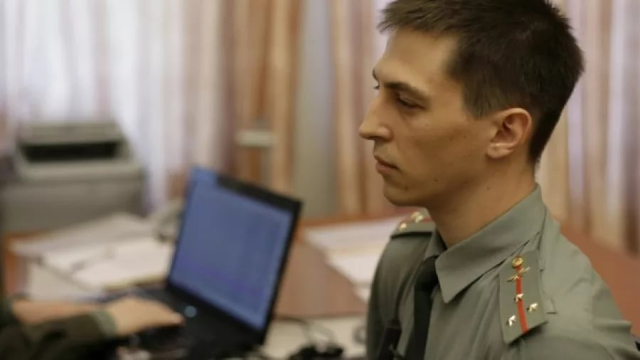 Знакомый работал в военной клинике консультантом-психиатром..