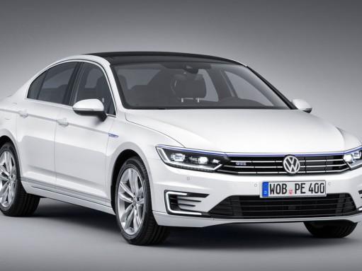 В Париже покажут мощный VW Passat с 2-литровым расходом