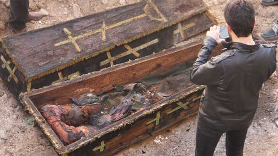 «Мы считаем, гроб принадлежал русскому генералу». В Турции найден гроб с телом русского генерала.