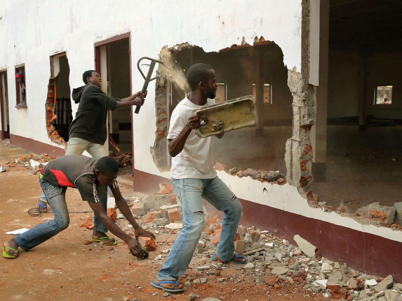 В Центрально-Африканской Республике мусульман прячут от расправы в христианских церквях