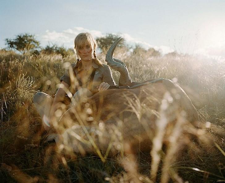 Провокационный фотопроект «Охотники и их добыча»