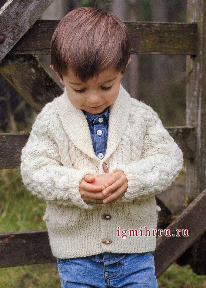 Белый кардиган с рельефными узорами на мальчика 3-12 лет, от финских дизайнеров