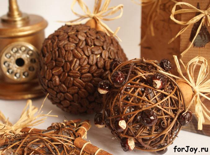 Елочные шары из кофе