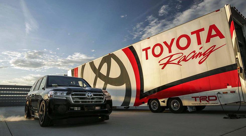 Toyota Land Cruiser побил рекорд скорости: японский тяжеловес разогнался до 370 км/ч