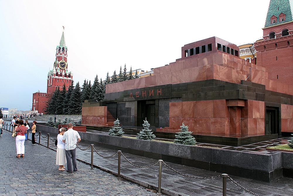 Действительно ли Ленин уже з…