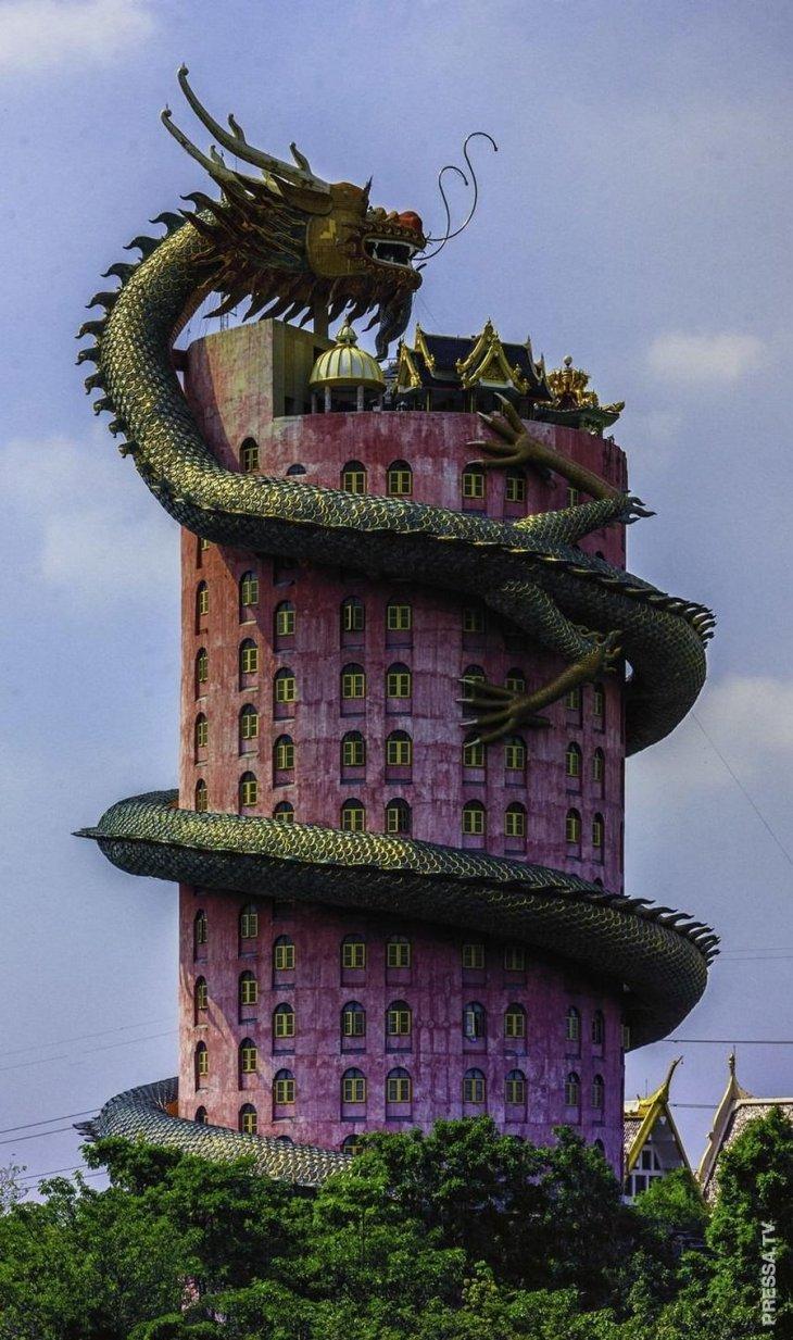 Храм Большого Дракона в Таиланде