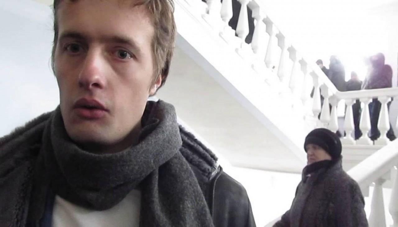 «Зачем убегать»: в Киеве протестующие зажали у Рады сына Порошенко (ВИДЕО)