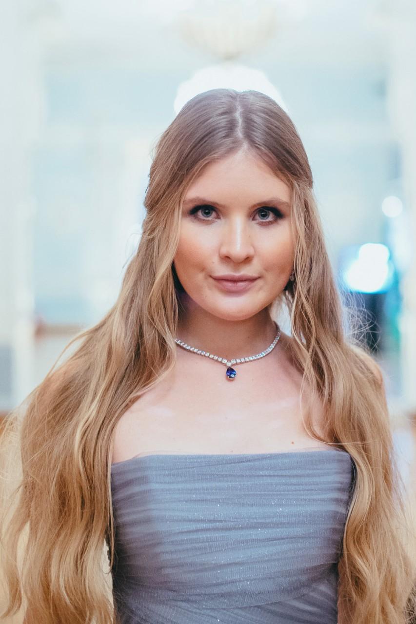 Дочь Александра Малинина продемонстрировала украшение за 400 тысяч рублей