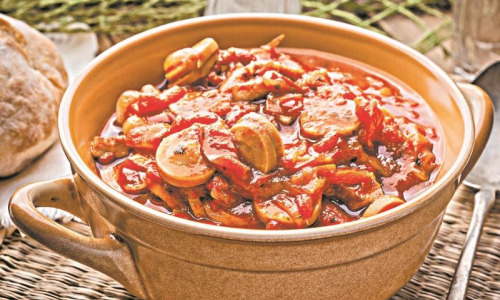 Рецепт дня: Рагу с сосисками