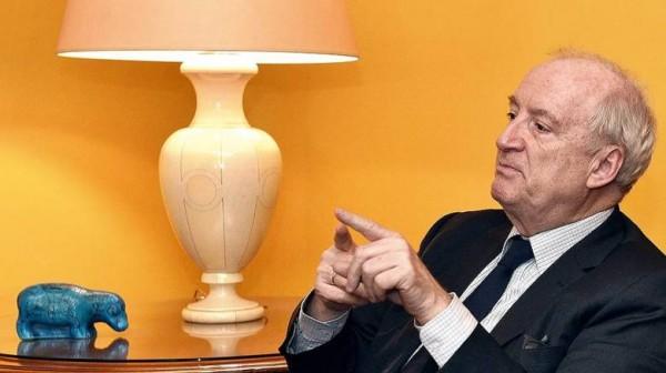 Ведрин торопит Макрона: Надо обогнать США в строительстве отношений с Россией