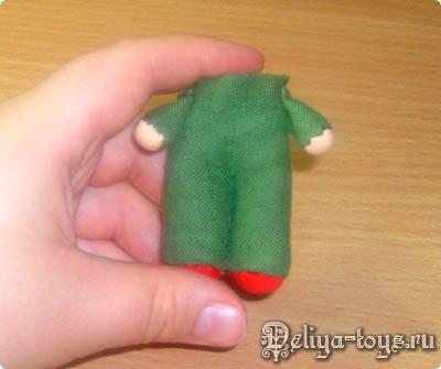 Мастер-класс по текстильной кукле. Как сшить куколку Гномика своими руками? Шьем куклу для кукольного домика. Лучшая игрушка в дорогу.