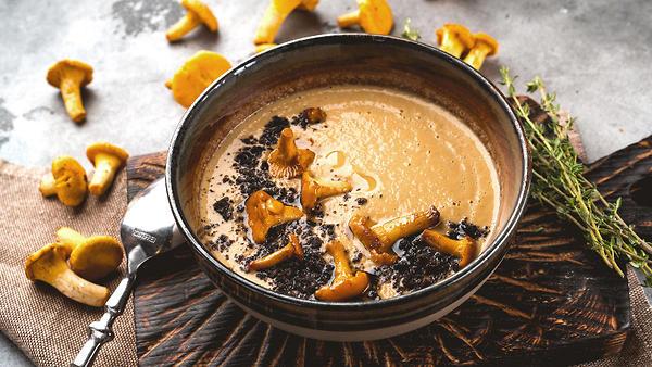 Нежный крем-суп с лисичками:…