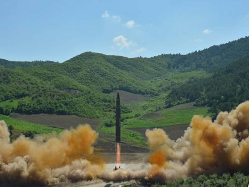 Ким Чен Ын пообещал уничтожи…