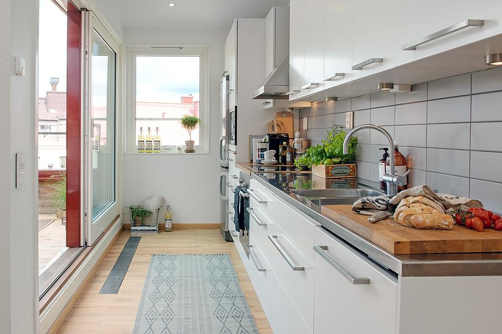 Дизайн кухни, совмещенной с лоджией.