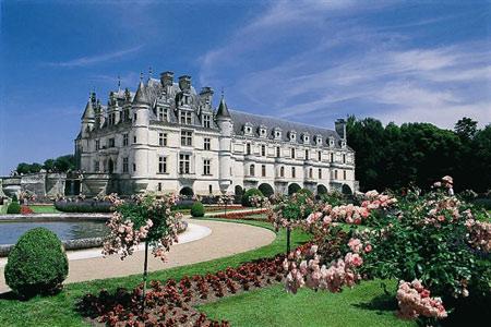 http://www.casteland.com/images/chateau/chenonceau/chenonceau006.jpg