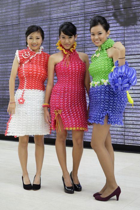 три девушки, платье, япония мода