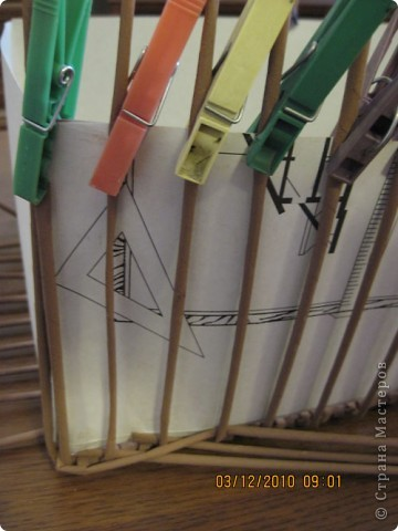 Мастер-класс,  Плетение, : Плетение квадратной (прямоугольной ) коробки Бумага газетная . Фото 20
