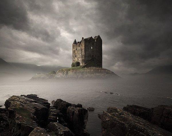 Замок, владельцев которого постоянно убивали