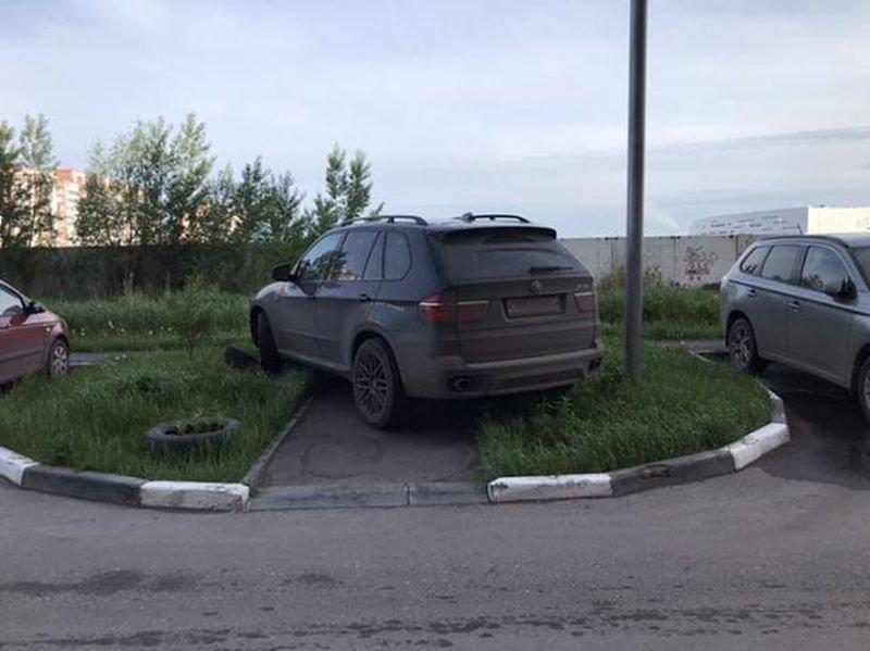 Наказание автохама из Омска законным способом