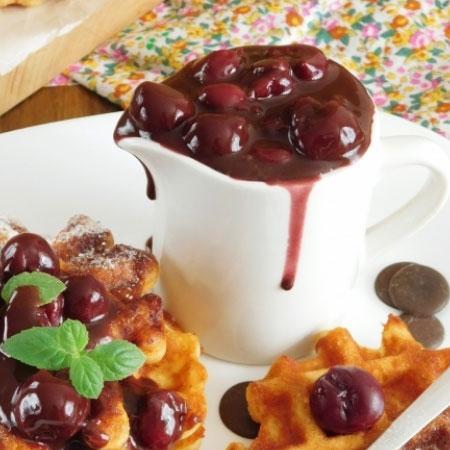 Шоколадно вишневый соус | Мастер Рецептов