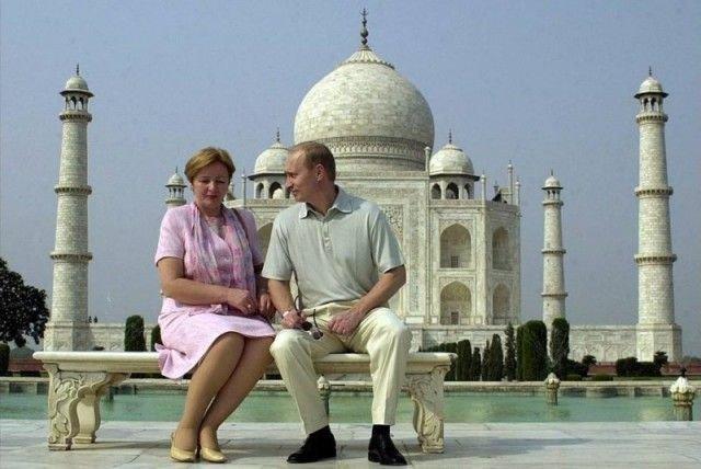 Президент России Владимир Путин со своей женой Людмилой во время своего визита в Индию, октябрь 2000 года, Агра СССР, история, фото