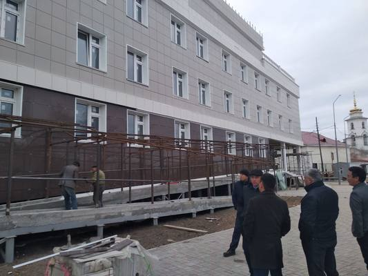 Степень готовности школы №35 в Якутске вызывает опасения - Сардана Авксентьева