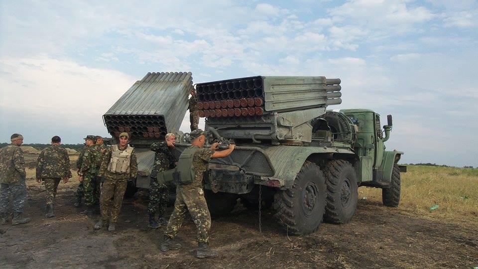 ВСУ стягивают тяжелое вооружение к линии боевого соприкосновения – Народная милиция ЛНР