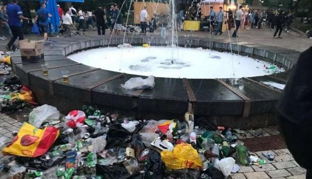 Везде мусор и без горячей во…