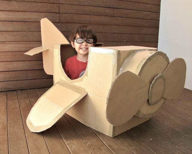 Что сделать из большой картонной коробки