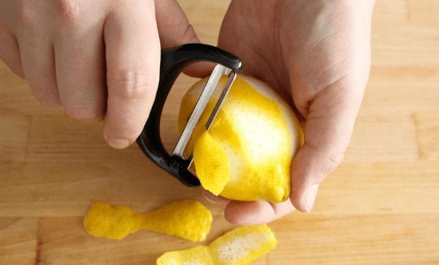 Картинки по запроÑу Теперь вÑегда покупаю много лимонов! Этот трюк Ñделал лимон одним из главных продуктов в доме