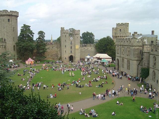 ��������� ����� (Warwick Castle)