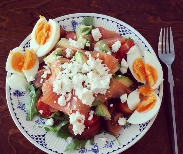 Топ-6 вариантов простых белковых салатиков к ужину!