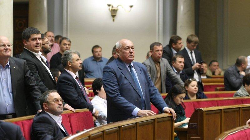 В Раде проголосовали за идею переноса переговоров по Донбассу из Минска