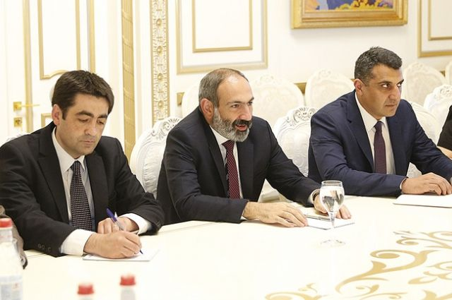Партия «Елк» выдвинула Пашиняна на пост главы правительства Армении