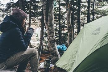 На Украине из-за снегопада эвакуируют детский палаточный лагерь