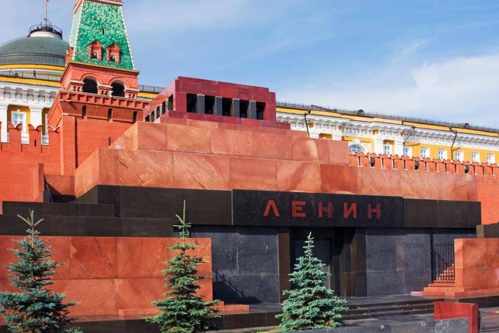 95 лет без Ленина: к чему пришла Россия и мир в целом