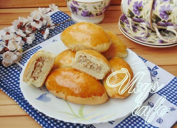 Пирожки с мясом в духовке из…