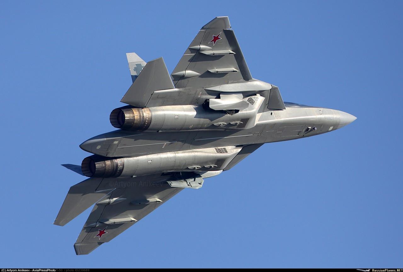 Истребитель пятого поколения Су-57 получит на вооружение гиперзвуковую ракету