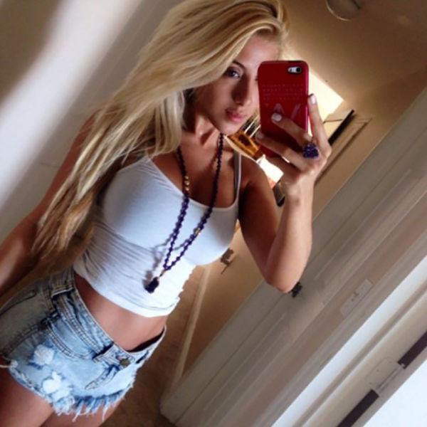 foto-blondinok-iz-sots-setey