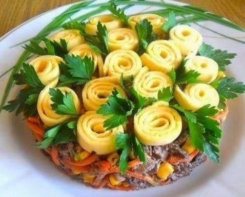 Красивый и вкусный салат «Цветочная обжорка»