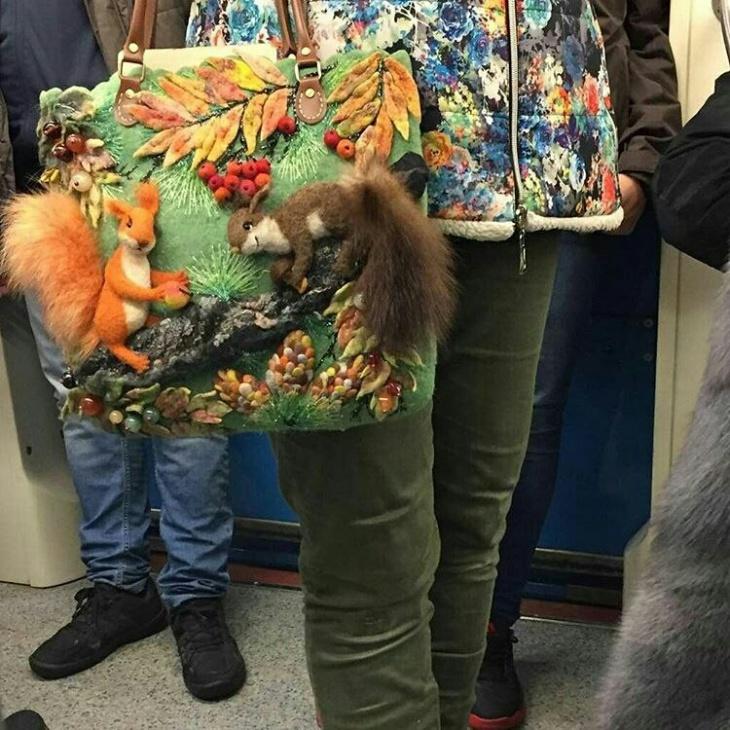 Жутенькая сумочка