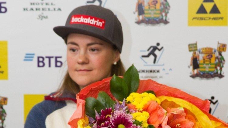 Российская спортсменка Юрлова-Перхт заняла призовое место в спринте КМ по биатлону