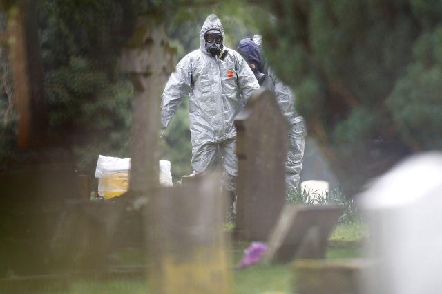 Семейной паре, подозреваемой в инсценировке ЧП в Солсбери, грозит иск