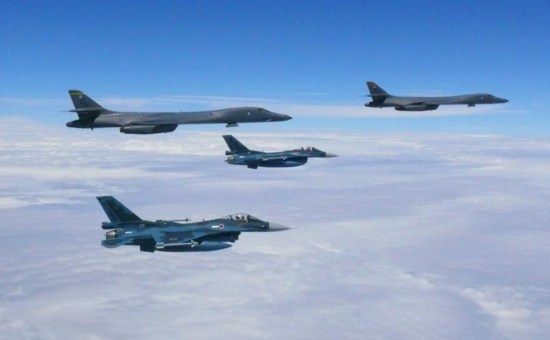 «США жертвуют своими самолетами, чтобы остановить Россию»