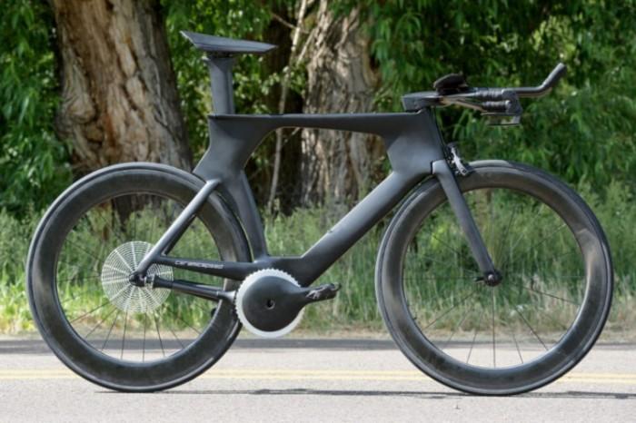 Очень легкий и прочный велосипед.