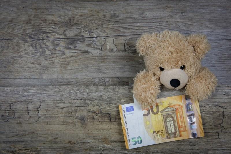 Невестка просит деньги на де…