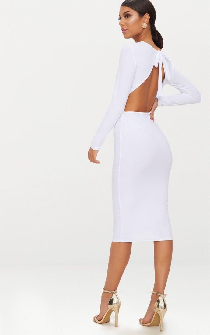 Топ-10 платьев с открытой спиной