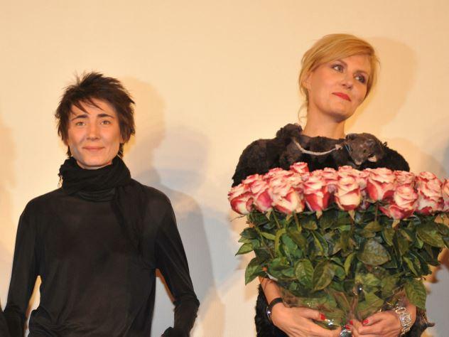 Земфира и Рената Литвинова приехали на казанский фестиваль FIFA