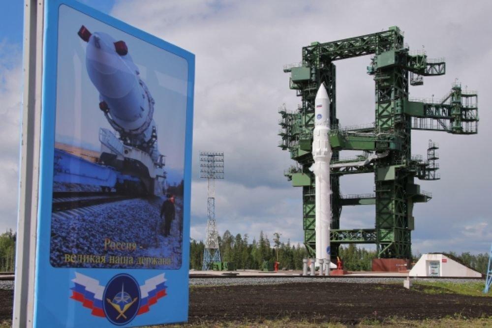Россия к 2022 году испытает беспилотную сверхтяжелую ракету